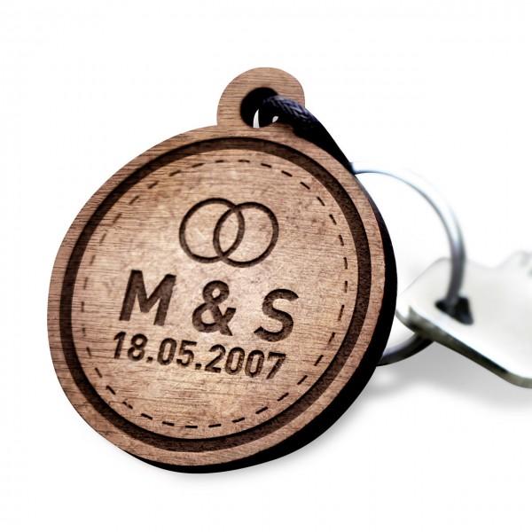 Holz-Schluesselanhaenger-mit-Gravur-Wunschtext-gestalten-Einzeln-Herz-key-ring