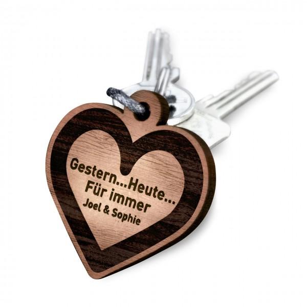 Schluesselanhaenger-graviert-Dein-Wunschtext-auf-Holz-graviert-Herz-Key-ring